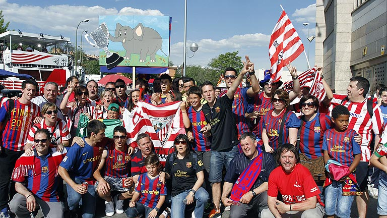 Fiesta de las aficiones junto al Calderón
