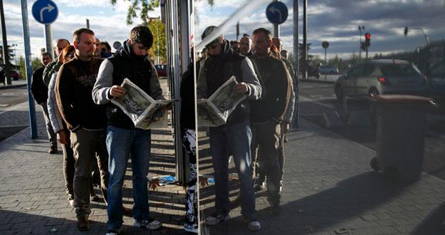 El paro juvenil baja en personas en 2014 for Oficina de empleo madrid