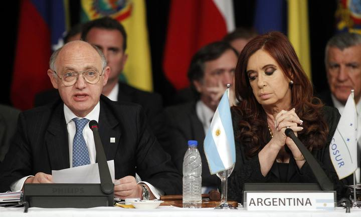 File photo of Argentina's President Cristina Fernandez de Kirchner and Argentina's Foreign Minister Hector Timerman addresses the annual summit of the Mercosur trade bloc in Mendoza