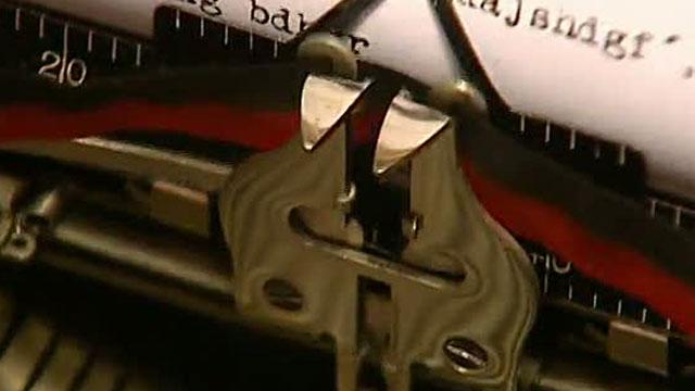 Cierra la última fábrica de máquinas de escribir