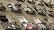 Ir al VideoLa firma de hipotecas sobre vivienda aumentó un 26,3% en junio respecto a un año antes