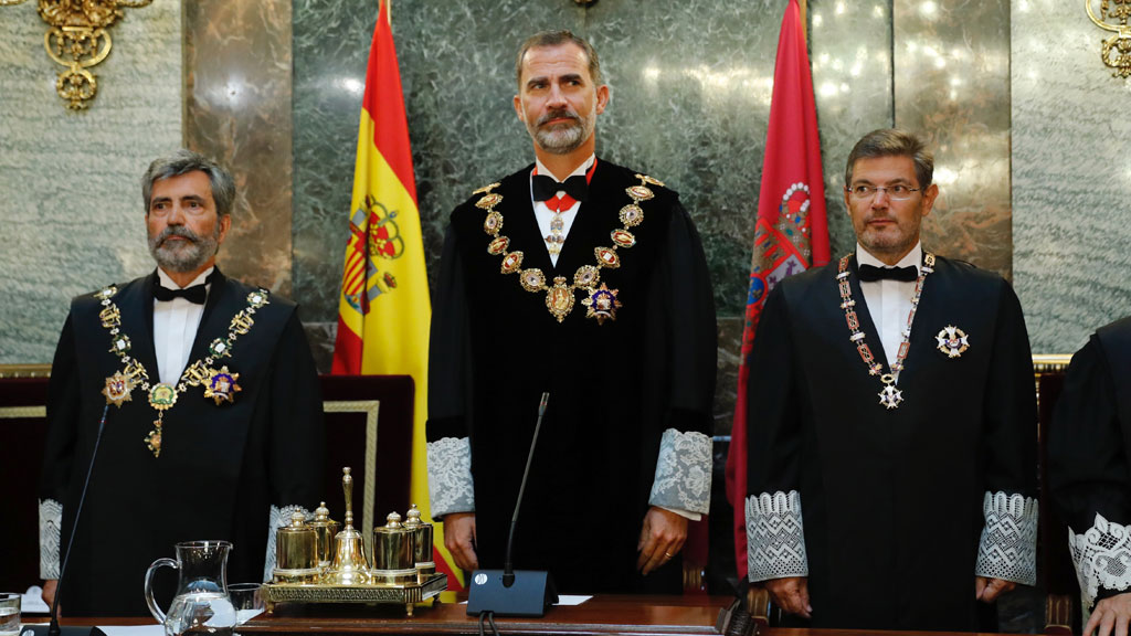 """El fiscal general del Estado garantiza una actuación """"firme"""" en defensa de la unidad de España"""