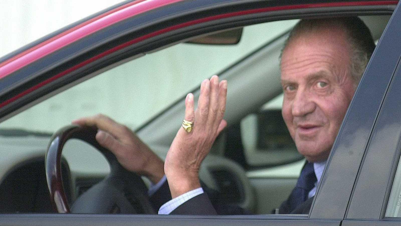 Ir al VideoLa Fiscalía ve indicios de delito en el presunto cobro de comisiones internacionales por parte de Juan Carlos I