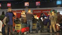 Ir al VideoFomento pide a las aerolíneas que bajen los precios de los billetes
