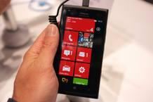 Aspecto del Nokia Lumia 900, más grande que su predecesor