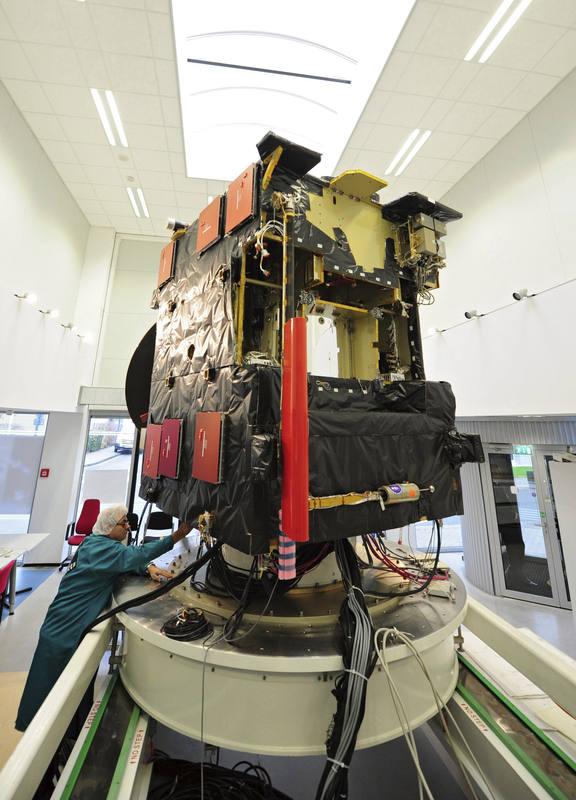 Fotografía de archivo de una copia de Rosetta, en el centro de control de la ESA en DArmstadt (Alemania).