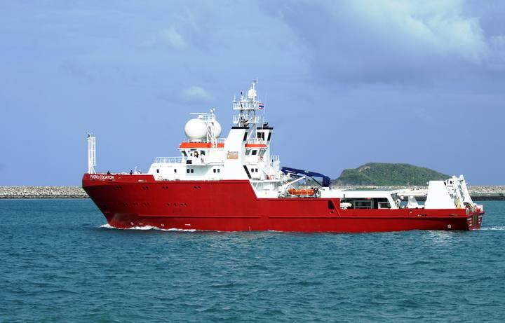 Fotografía de archivo del barco M/V Fugro Equator, que participa en las labores de búsqueda de los retos del MH370