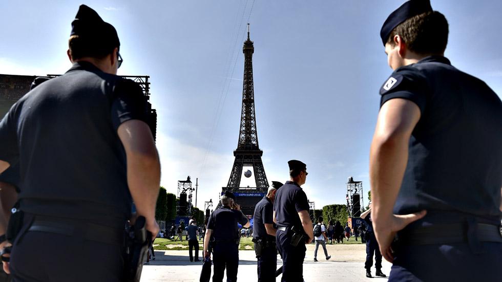 Francia se blinda a un día del arranque de la Eurocopa
