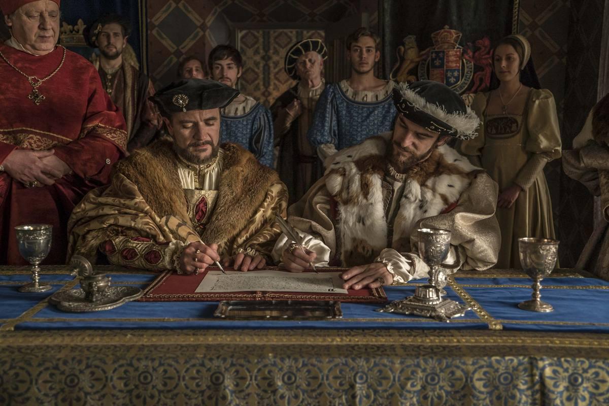 Carlos de habsburgo es coronado emperador aunque sus for Enrique cuarto de castilla