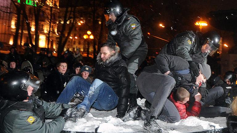 Observadores denuncian irregularidades en las elecciones rusas