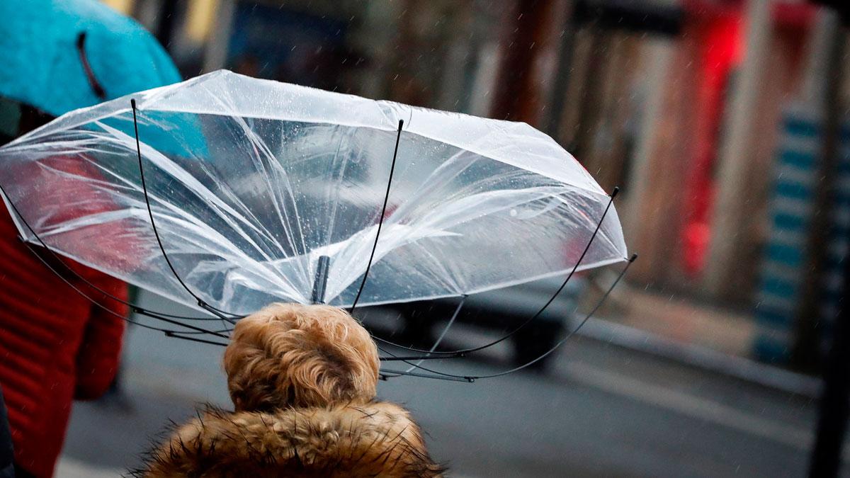 Video: Fuertes vientos y precipitaciones en el noroeste peninsular