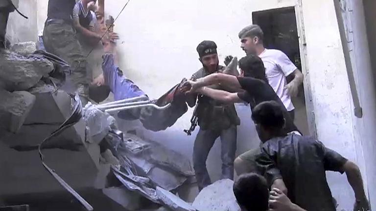Fuerzas del régimen sirio y rebeldes se enfrentan en el corazón de Alepo