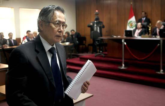 Fujimori es condenado a 25 años