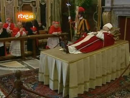El funeral de Juan Pablo II, su último acto de masas