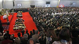 T con T - Los reyes presiden el funeral por las víctimas del accidente de Cieza