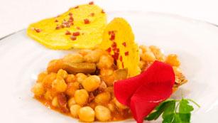 Saber Cocinar - Garbanzos en salsa picante con alcachofas y jamón
