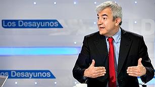 """Luis Garicano: """"Las clases medias están estranguladas por los impuestos"""""""