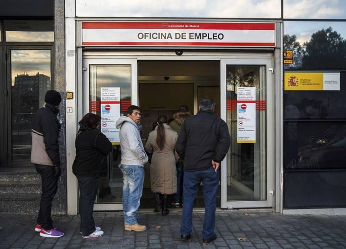 Aumenta la preocupaci n por el paro y baja por la for Oficina de empleo madrid