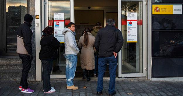 Sube ligeramente la preocupaci n por el paro y baja por la for Oficina empleo madrid