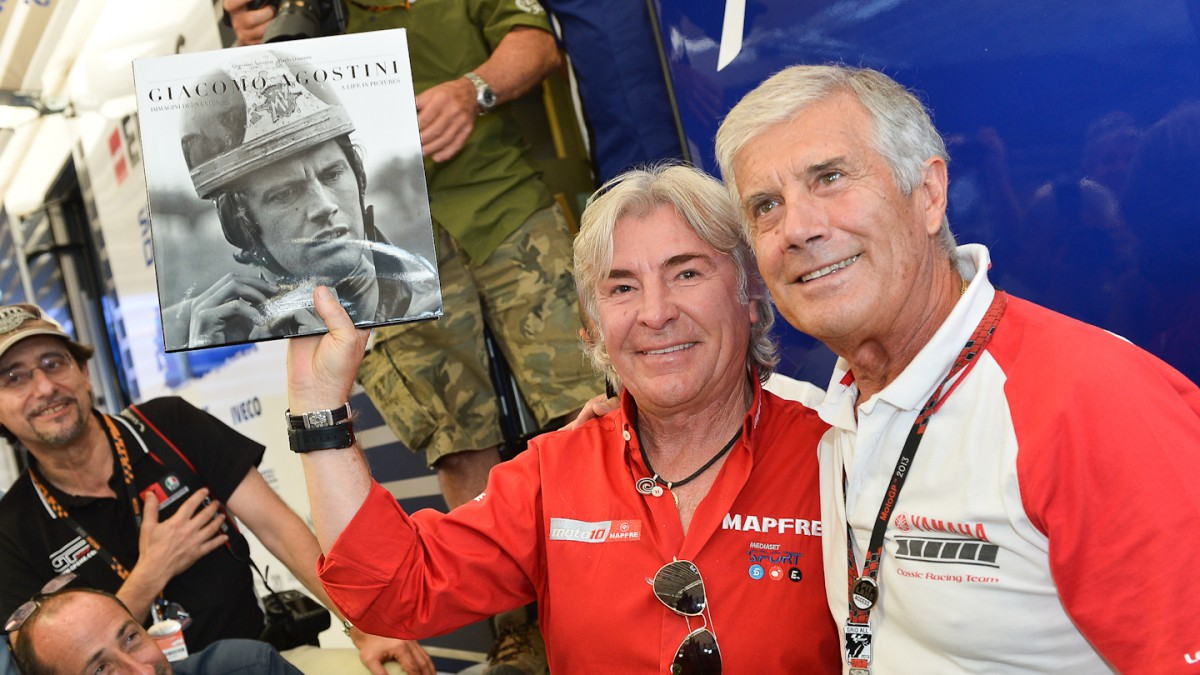 Giacomo Agostini rinde homenaje a Ángel Nieto