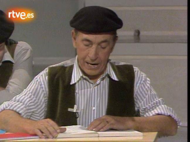 """Actuación del humorista Miguel Gila, que interpreta """"La escuela"""""""