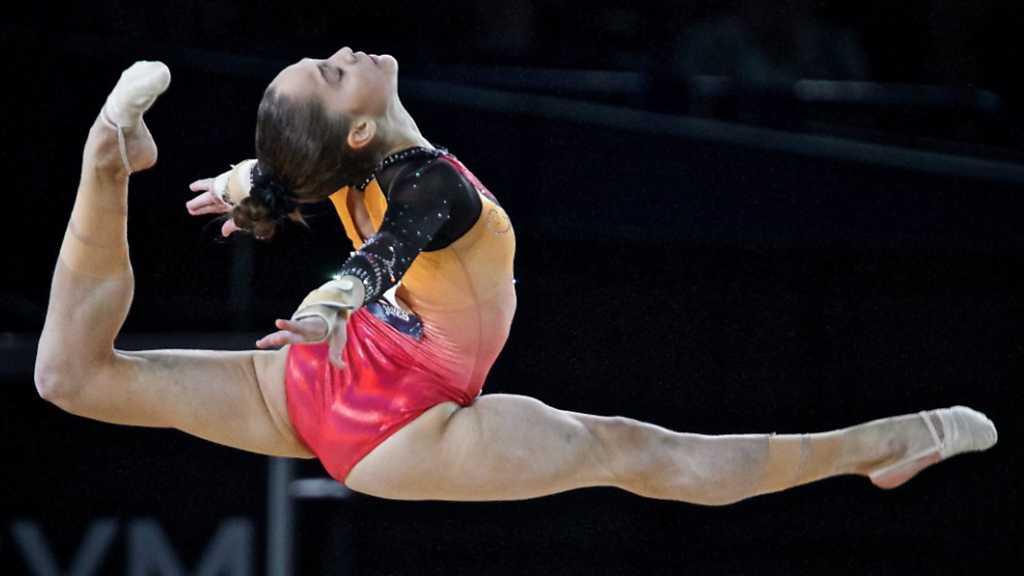 Gimnasia art stica campeonato del mundo final por for Gimnasia con aparatos