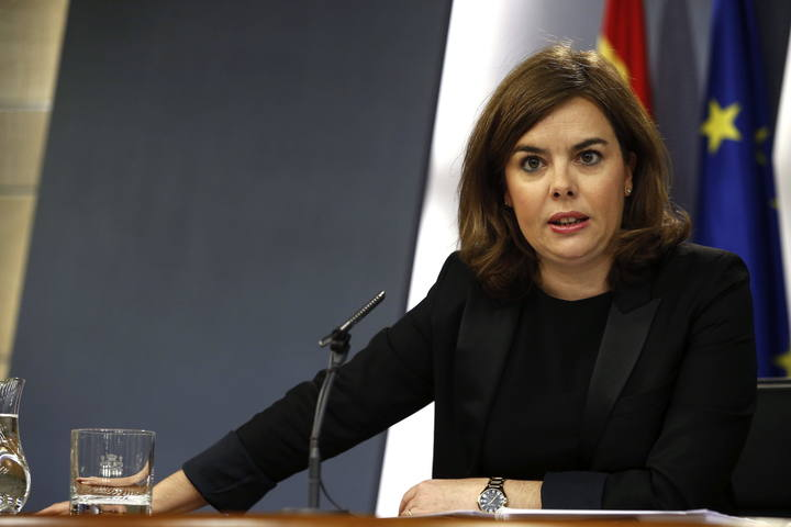 El Gobierno admite que el barco hundido en Canarias puede tener más fugas