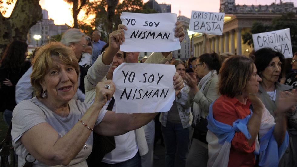 Concentraciones en Buenos Aires exigen una investigación exhaustiva de la muerte de fiscal