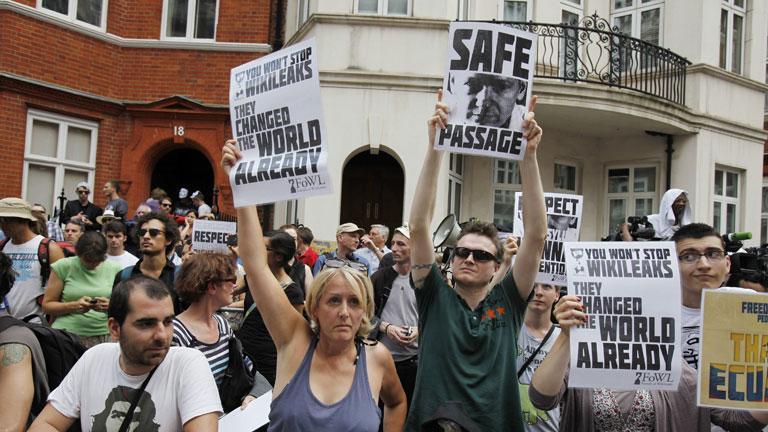 El gobierno británico insiste en que no otorgará un salvoconducto a Assange