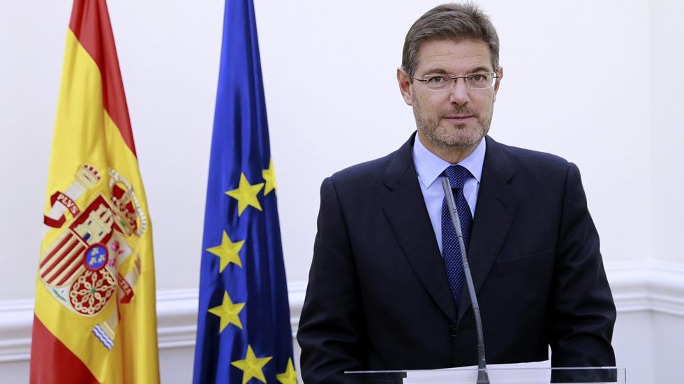 """El Gobierno califica la consulta de """"simulacro inútil y estéril"""" para ocultar el """"fracaso"""" de Mas"""