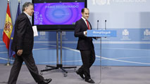 """Ir al VideoEl Gobierno insiste en que la reducción del paro """"no es coyuntural"""""""