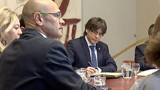 El gobierno invita a Puigdemont a debatir su propuesta de referéndum en el Congreso