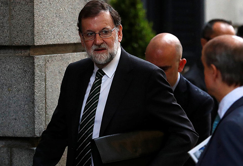 El Gobierno no aplicará el 155 si Puigdemont convoca elecciones autonómicas sin una declaración de independencia