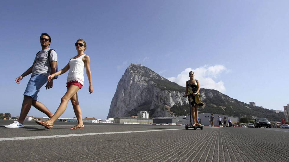 El Gobierno rechaza la visita de Cameron a Gibraltar para hacer campaña contra el 'Brexit'