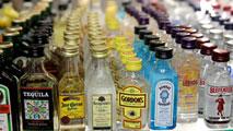 Ir al VideoEl Gobierno sube los impuestos al alcohol y el tabaco para recaudar 150 millones de euros