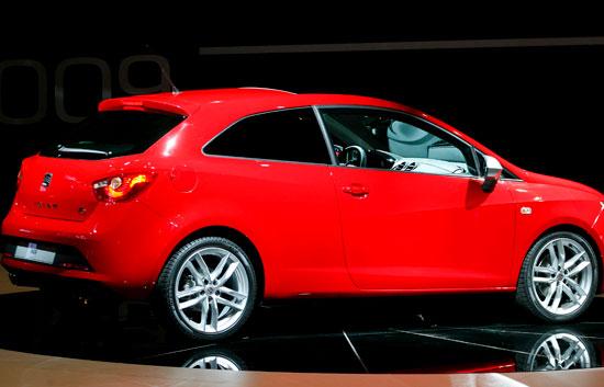 El gobierno va a incentivar la compra de coches nuevos con for Compra de comedores nuevos