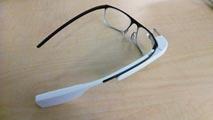 Ir al VideoLas Google Glass llegan a los quirófanos del Hospital Virgen del Rocío de Sevilla