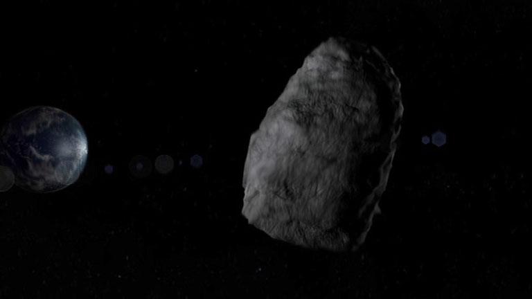 Un gran asteroide pasa cerca de la Tierra