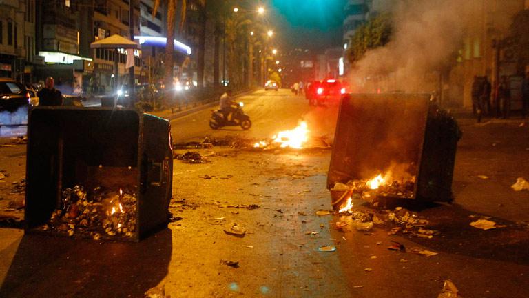 Graves enfrentamientos en Líbano tras la muerte de dos dirigentes políticos anti-sirios