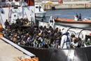 Fotogaleria: Italia, desbordada ante la llegada de migrantes por el Mediterráneo