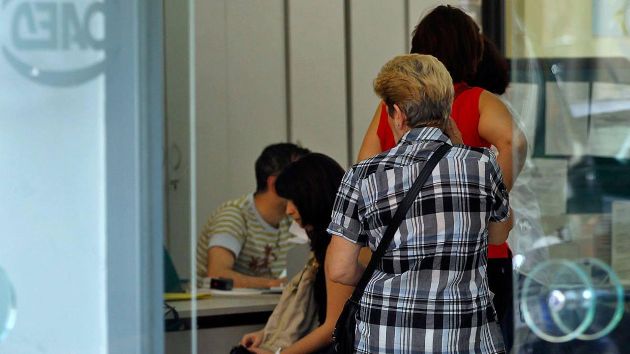 La tasa de paro de la eurozona se mantuvo en el 10 2 en - Oficina de empleo asturias ...