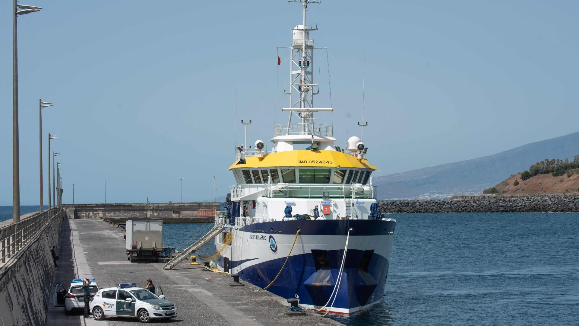 Ir al VideoLa Guardia Civil busca alternativas diferentes al buque Ángeles Alvariño para encontrar a Anna