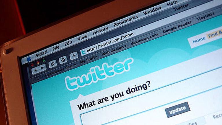 La Guardia Civil detiene a diez personas por apología del terrorismo en las redes sociales