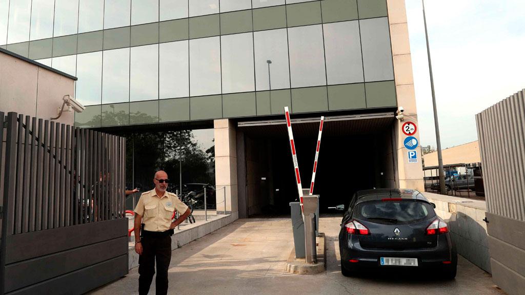 La Guardia Civil entra en el Centro de Telecomunicaciones de la Generalitat para desactivar el voto telematico