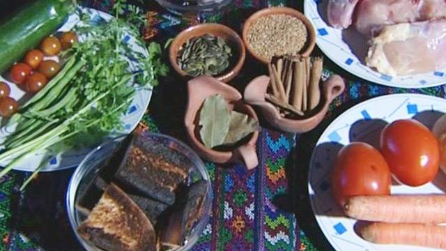 Babel en TVE - Sabores de mundo: Guatemala, un pepián negro de reminiscencias mayas