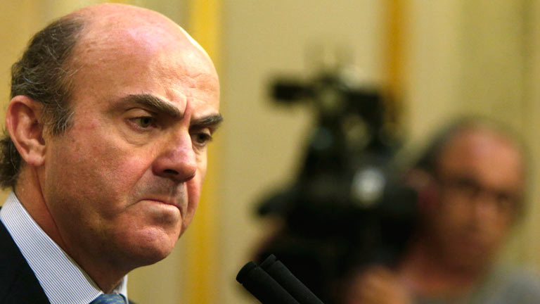De Guindos culpa a Grecia de que se dispare la prima de riesgo