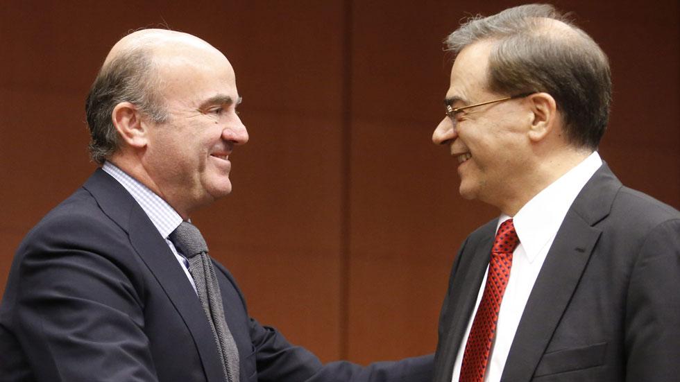 """Guindos: """"Estamos dispuestos a negociar con Grecia, pero el país tiene que cumplir con sus compromisos"""""""