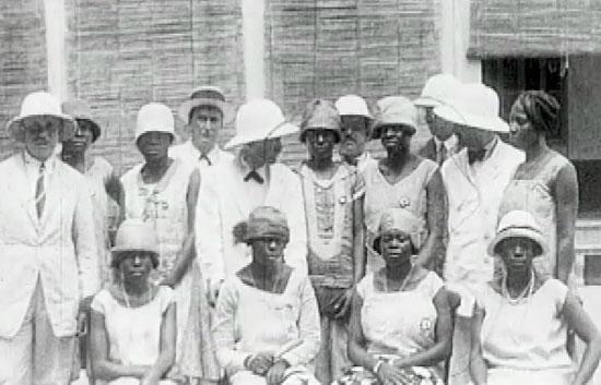 Crónicas - Guinea, el sueño colonial