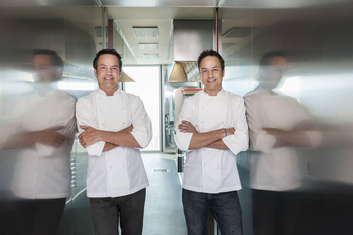 Rtve presenta en el vii festval de vitoria su nueva for Cocina hermanos torres