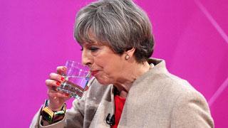 """El 'hit' musical que llama """"mentirosa"""" a May en la campaña británica"""